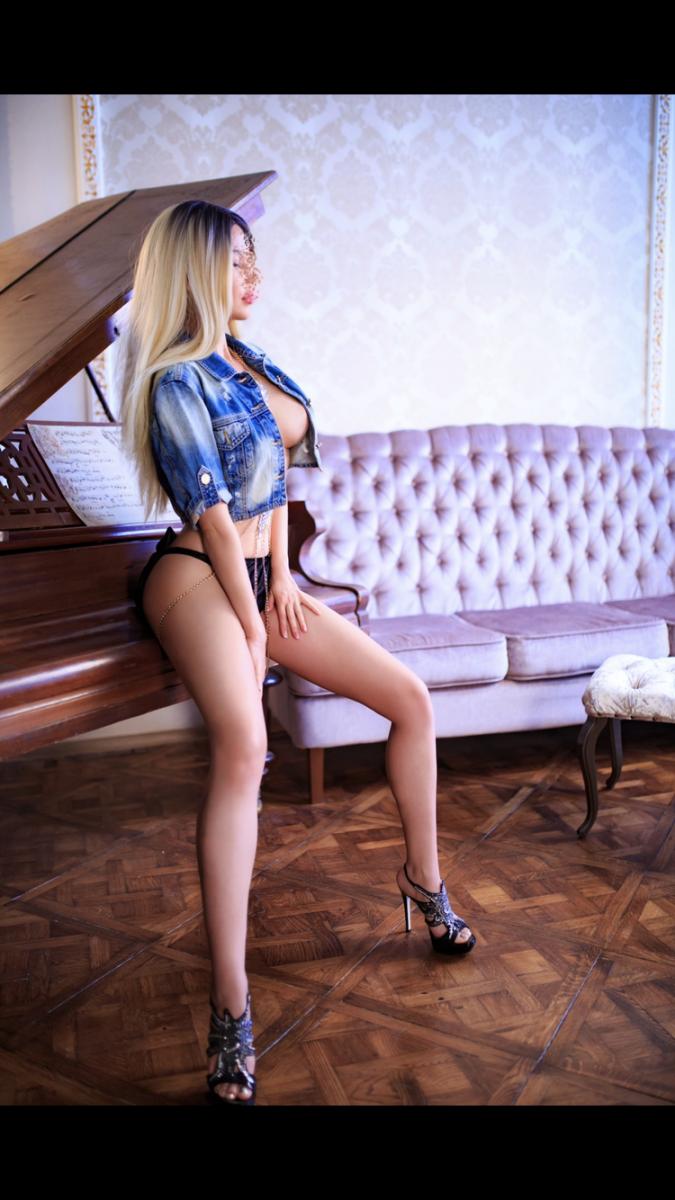 Проститутка     Марьяна , Краснодара Прикубанский  работает по вызову,  имеет свои аппартаменты,  за 10000р час. - Фото 1